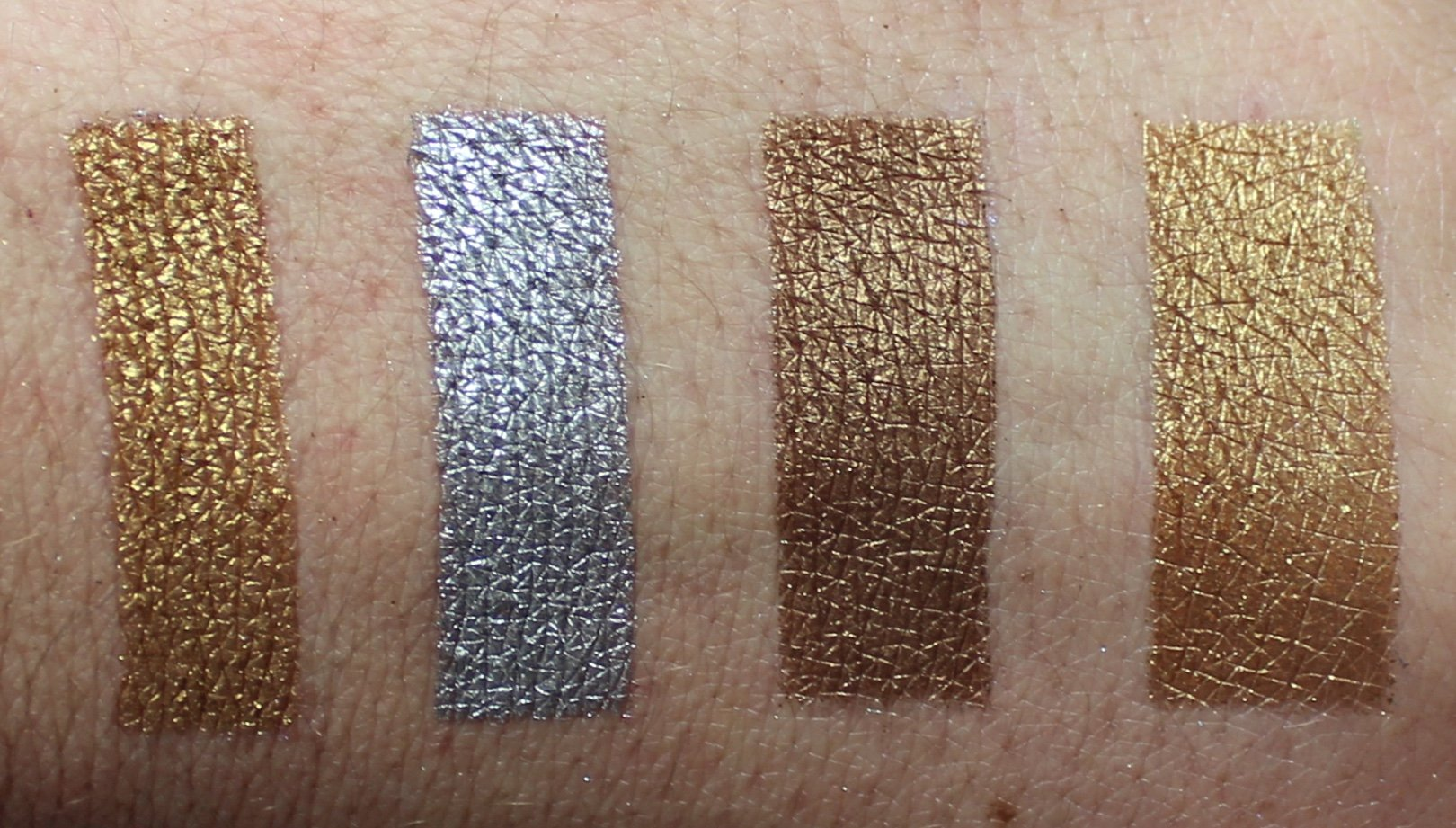 Urban Decay Heavy Metals Metallic Eyeshadow Palette swatches