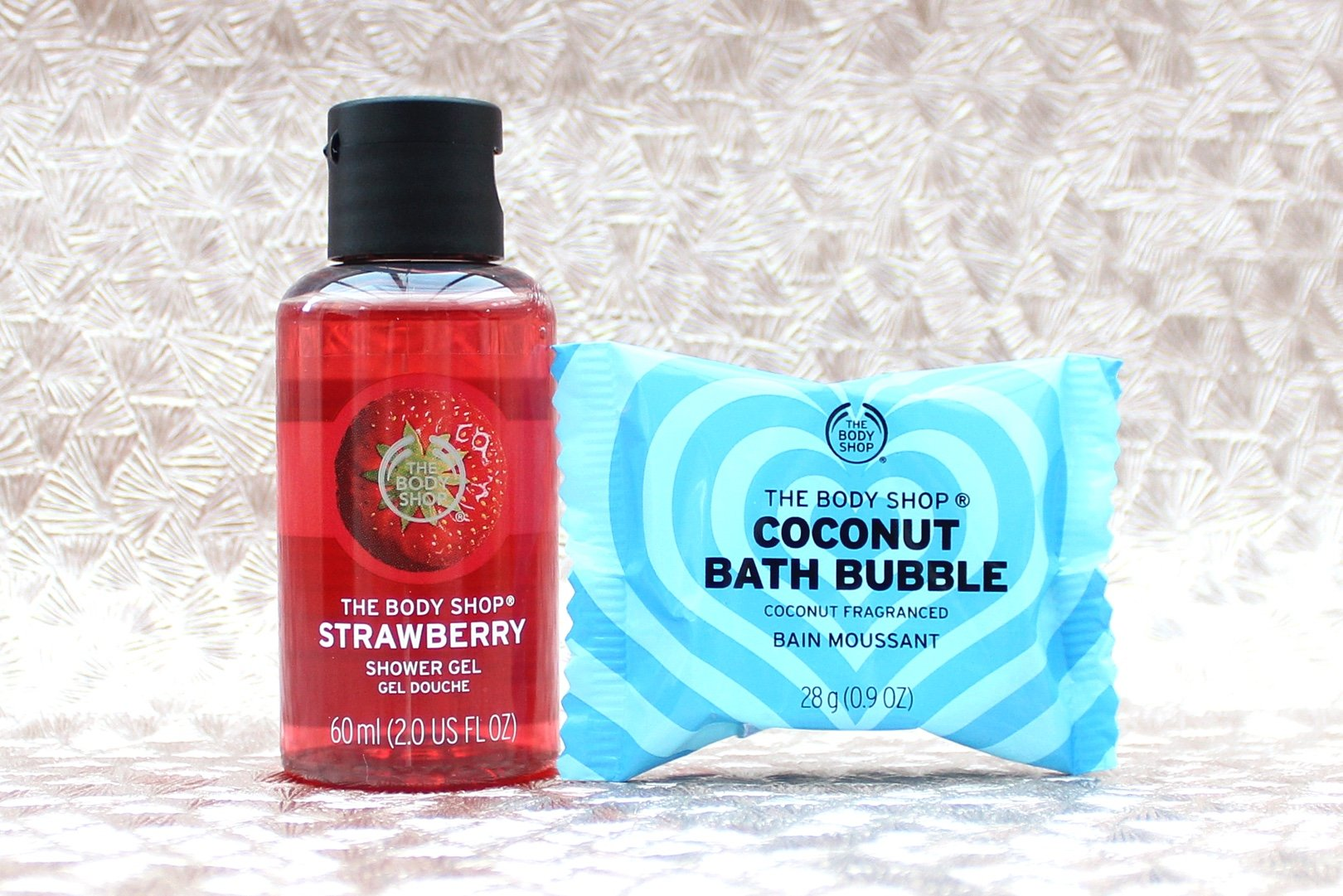 The Body Shop 25 Days of Enchanted Deluxe Advent Calendar strawberry shower gel coconut bath bubble