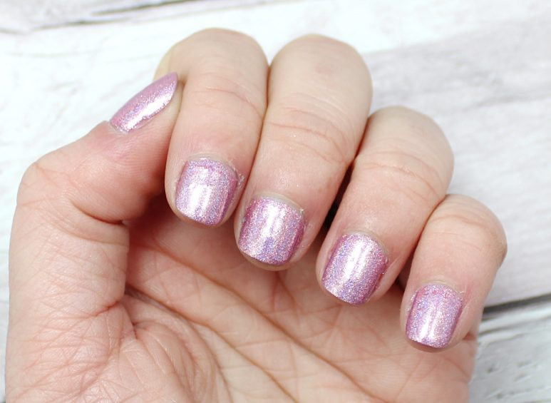Holographic Pink swatch